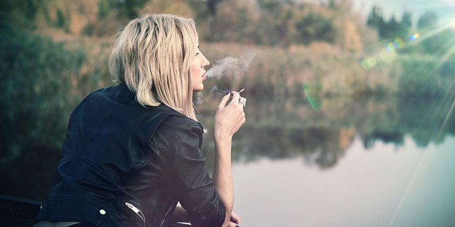 Fumar fuera de la vista