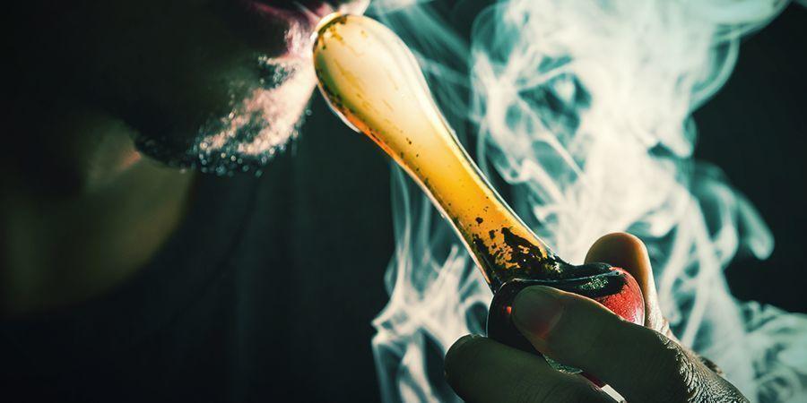 ¿QUÉ NECESITAS PARA PREPARAR Y FUMAR UN BOL?