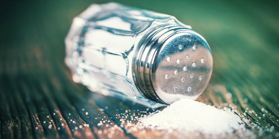 Añadir Colirio, Amoniaco, Sal O Un Desatascador De Desagües A La Muestra