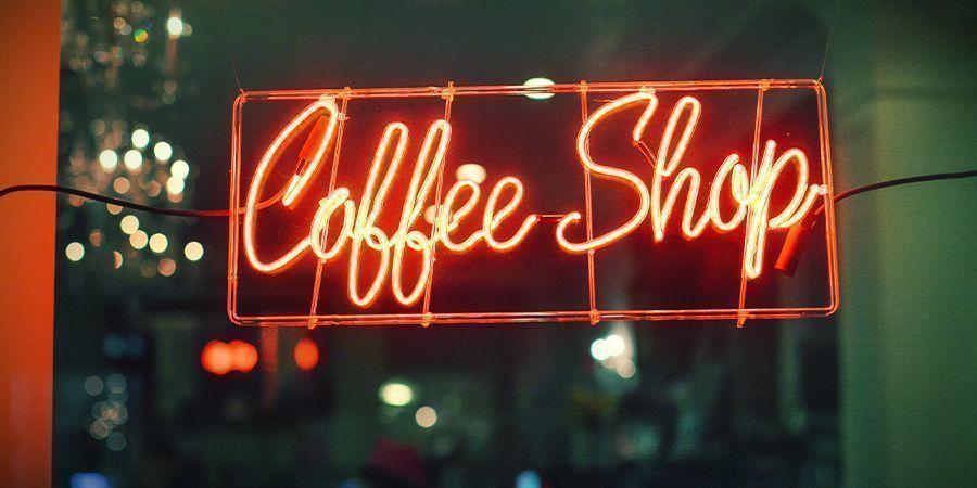 ¿QUÉ COFFEESHOPS DE CALIDAD CERCA DE LA FRONTERA PERMITEN LA VENTA A EXTRANJEROS?