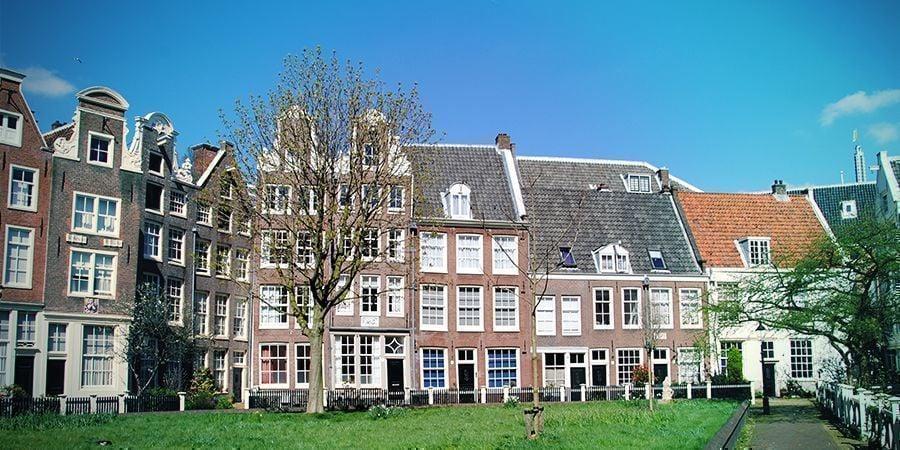 Lugares Para Fumar En Ámsterdam: Patios Interiores
