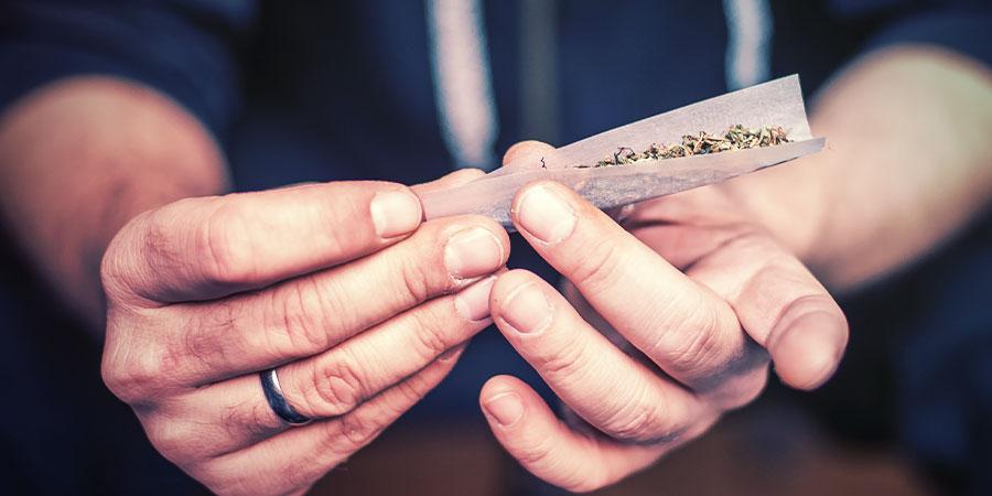 Usos De Los Cannabinoides Sintéticos