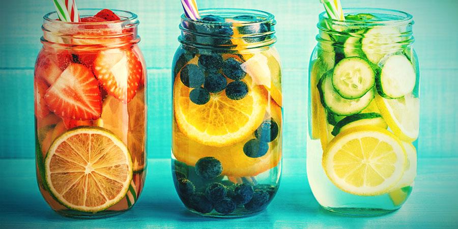 Alternativas Al Agua Del Bong: Agua Con Sabor A Frutas