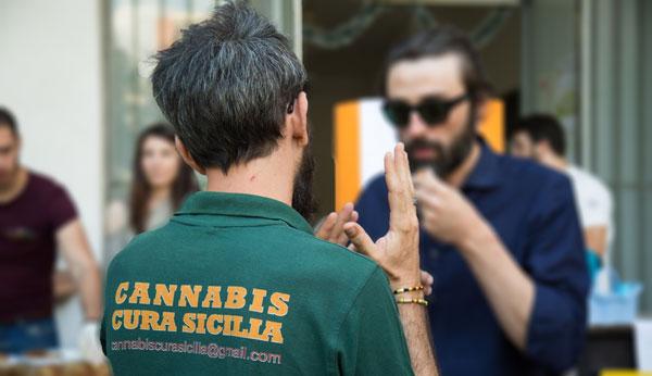 Cura cannabis Sicilia Camiseta