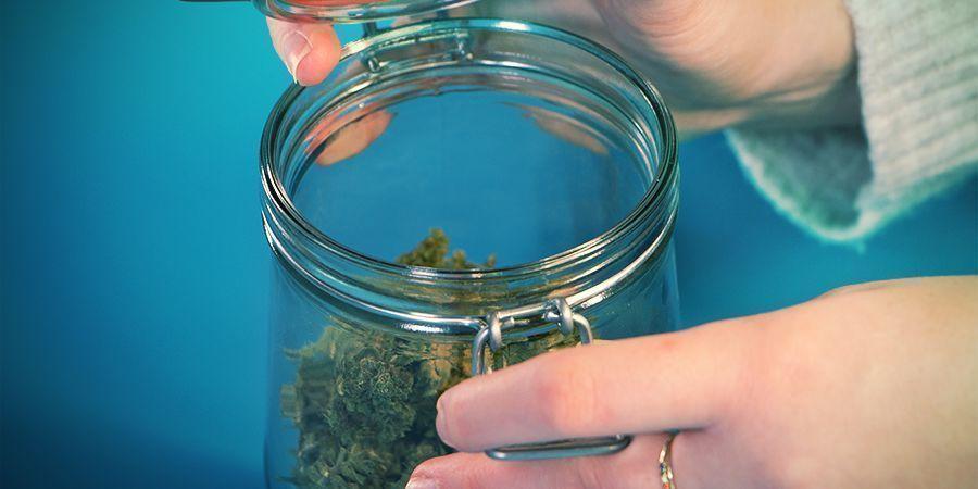 almacenar cannabis
