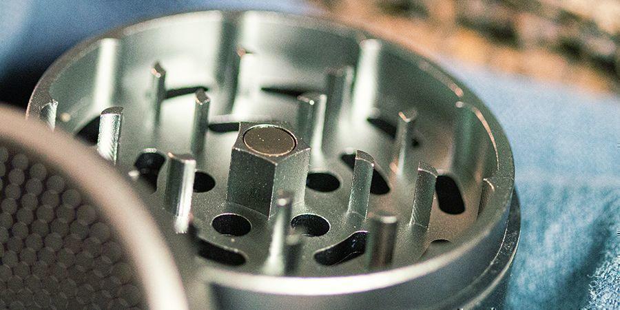 grinders metálicos