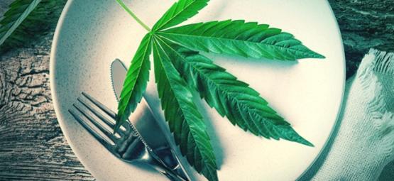 ¿Es La Hoja De Cannabis Un Superalimento?